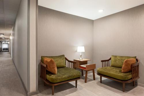 A seating area at Fairfield Inn & Suites Wheeling - St. Clairsville, OH