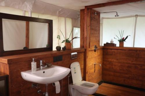 A bathroom at Cabo Serai
