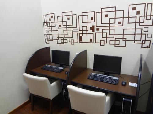 Área de negócios e/ou sala de conferências em Holiday Inn Manaus, an IHG Hotel