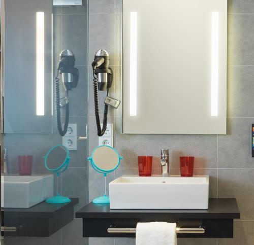 A bathroom at the niu Franz