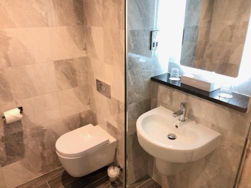 A bathroom at The Inn at Dromoland