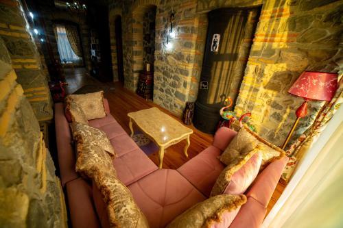 Cama ou camas em um quarto em Old Town Sheki