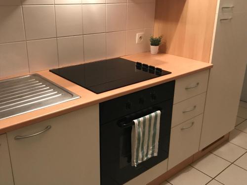 A kitchen or kitchenette at Maison de campagne en Picardie (6)