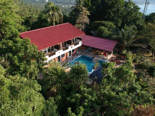 Een luchtfoto van Sairee View Resort