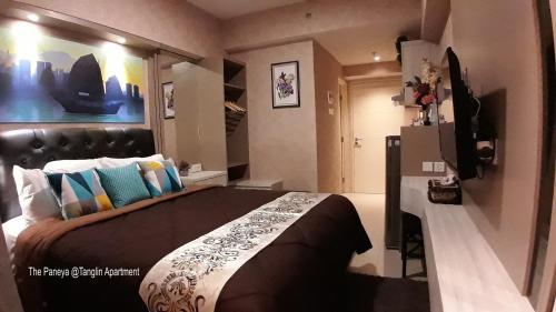 The Paneya @Tanglin Apartment