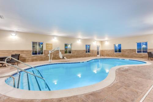 The swimming pool at or near Candlewood Suites Bethlehem South, an IHG Hotel