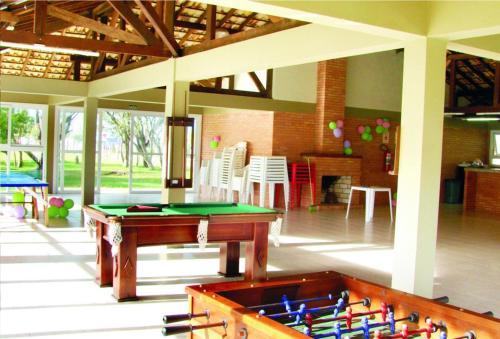 A billiards table at Pousada ACM Tramandaí - RS