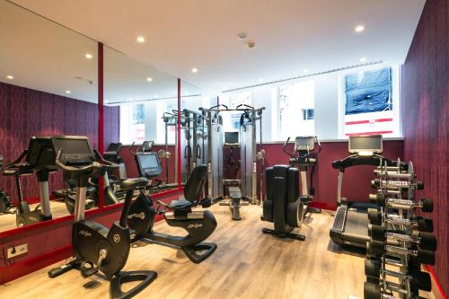 The fitness center and/or fitness facilities at Catalonia Porto