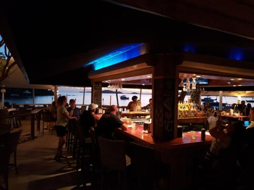 A restaurant or other place to eat at Secret Harbour Beach Resort