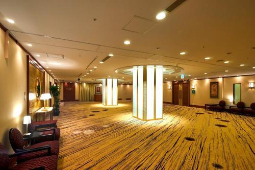 The lobby or reception area at ANA Crowne Plaza Hotel Nagasaki Gloverhill, an IHG Hotel