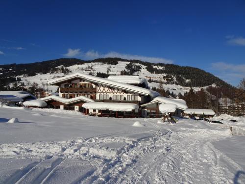 Alpenhotel Landhaus Küchl during the winter