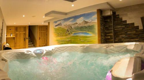 Spa and/or other wellness facilities at Chalet les trois coeurs