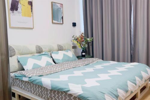 Cama o camas de una habitación en Yangshuo Show Biz Youth Hostel