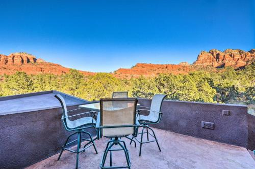 A balcony or terrace at 2-Acre Sedona Casita with Deck and Red Rock Views!