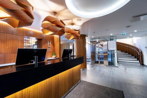 The lobby or reception area at Hestia Hotel Kentmanni