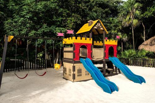 Children's play area at Iberostar Quetzal