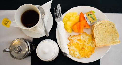 Opciones de desayuno disponibles en Grand Eastern Hotel