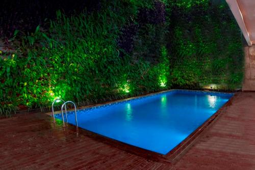 The swimming pool at or close to Jambuluwuk Thamrin Hotel