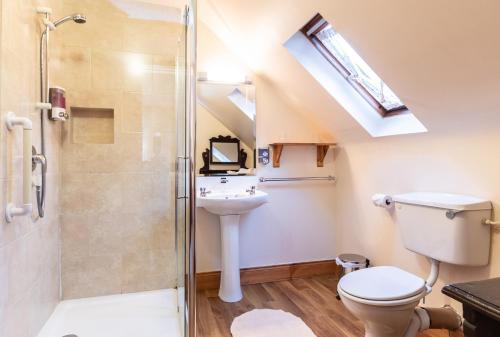 A bathroom at An Bruachan B&B