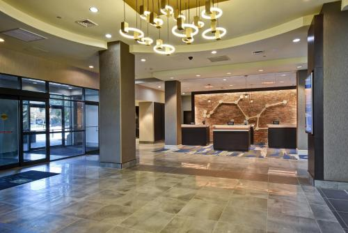 The lobby or reception area at Embassy Suites Montgomery - Hotel & Conference Center