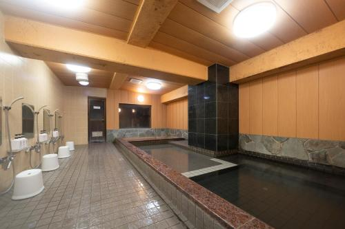 Kolam renang di atau di dekat HOTEL CITY INN WAKAYAMA Wakayama-Ekimae