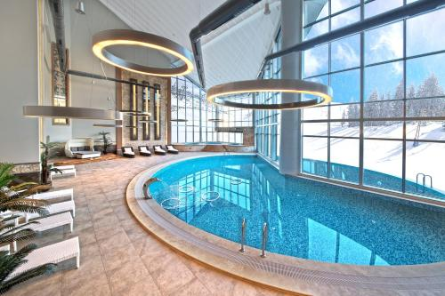 The swimming pool at or near Bof Hotel Uludağ Ski & Convention Resort