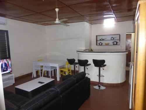 Villa Azimmo Tampouy