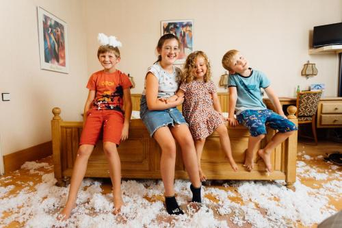A family staying at Hotel Buschhausen