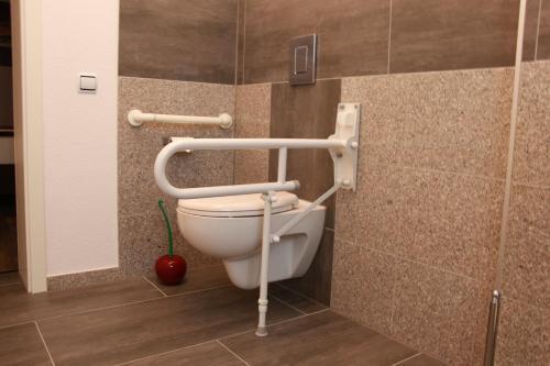 A bathroom at Aparts Oberhausen