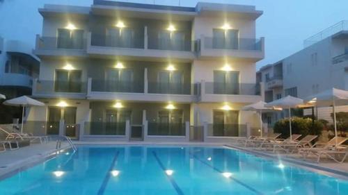 Бассейн в Nektar Beach Hotel или поблизости