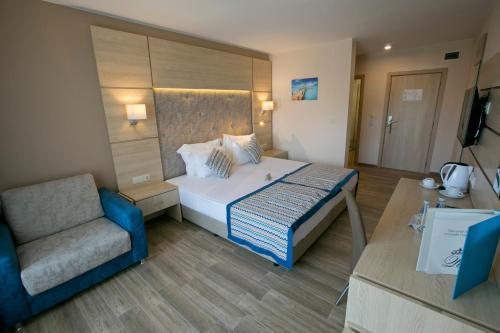 Легло или легла в стая в Royal Bay Resort - All Inclusive
