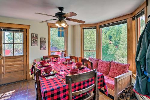 A restaurant or other place to eat at Cozy Home with Deck and Mountain Views, Walk to Casinos