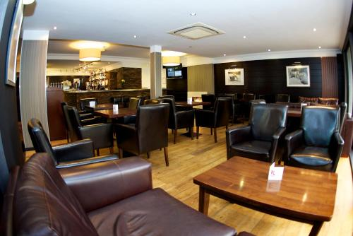 The lounge or bar area at Nevis Bank Inn