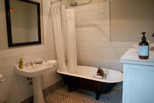 A bathroom at The Villa Akaroa - Akaroa Holiday Home