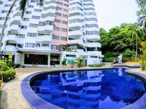 The swimming pool at or close to Batu Ferringhi Beach @ Sri Sayang