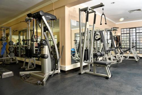 The fitness center and/or fitness facilities at Hillpark Hotel