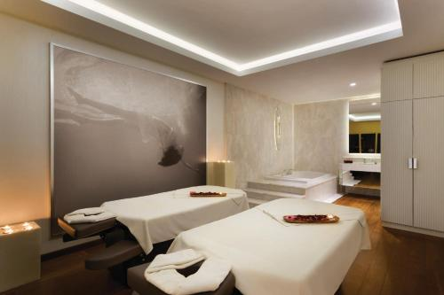 Spa and/or other wellness facilities at Wyndham Grand Istanbul Kalamış Marina Hotel