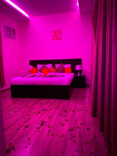 Cama ou camas em um quarto em Chalet pyramisa