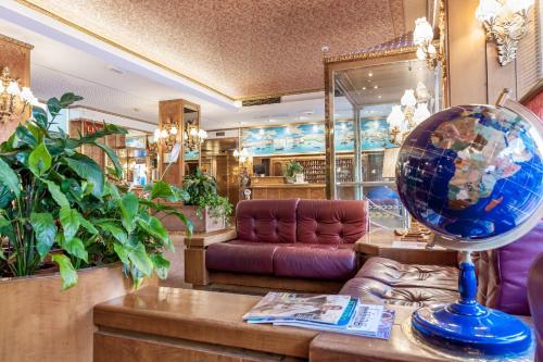 The lobby or reception area at Hotel Venezia