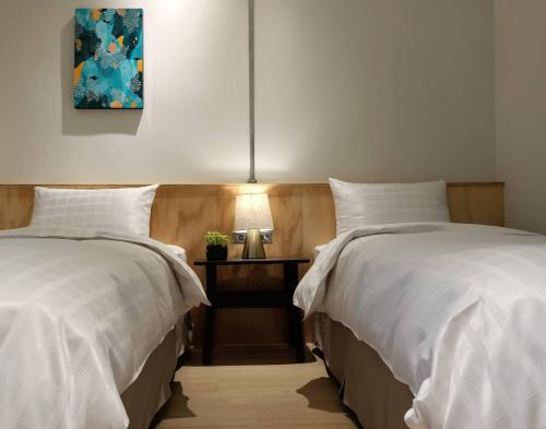 鴻瑞輕旅2館房間的床