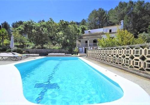 Villa LAS ENCINAS-en el pueblo de Esporles- Mallorca