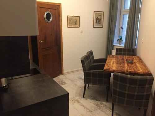 A seating area at Apartament JM-2