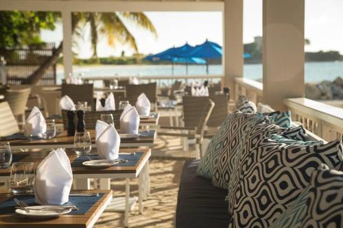 Un restaurante o sitio para comer en Siboney Beach Club