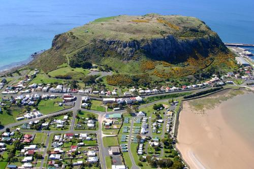 A bird's-eye view of Stanley Cabin and Tourist Park