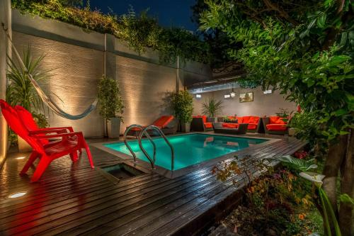 The swimming pool at or close to Duque Hotel Boutique & Spa