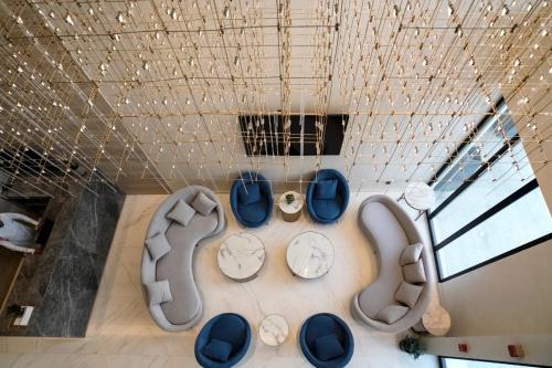 Vivian Park Hotel Suites