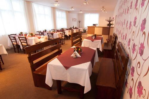 Restaurace v ubytování bike-Hotel Měděnec