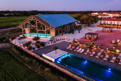 Uma vista da piscina em Quinta Da Comporta - Wellness Boutique Resort ou nas proximidades