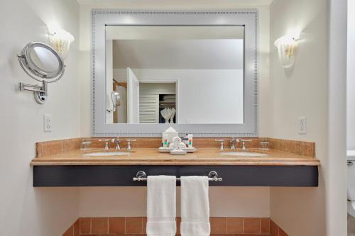 A bathroom at Universal's Loews Portofino Bay Hotel