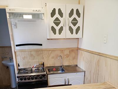 A cozinha ou cozinha compacta de Antiguos Bed And Breakfast